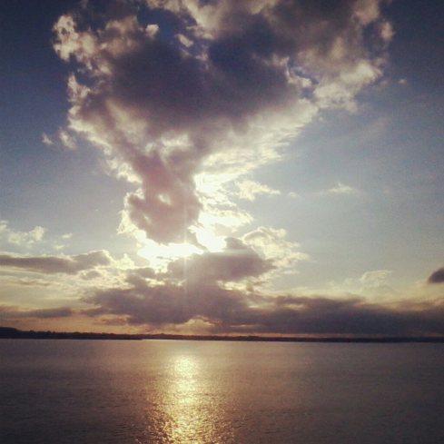 Atardecer en el Lago Itaipú  - Ale Pavón